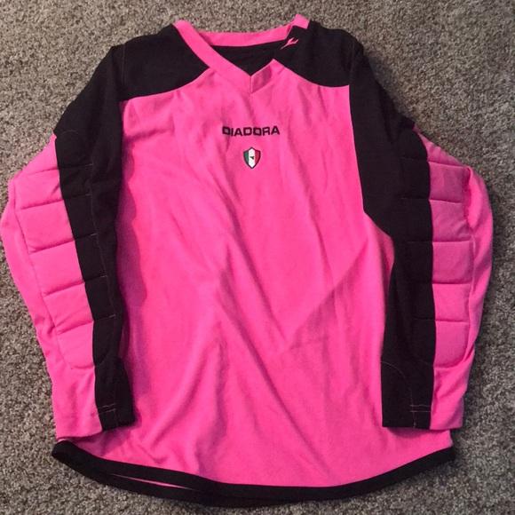 24de13bcc Diadora Other - Diadora Youth Medium Pink Goalie Jersey